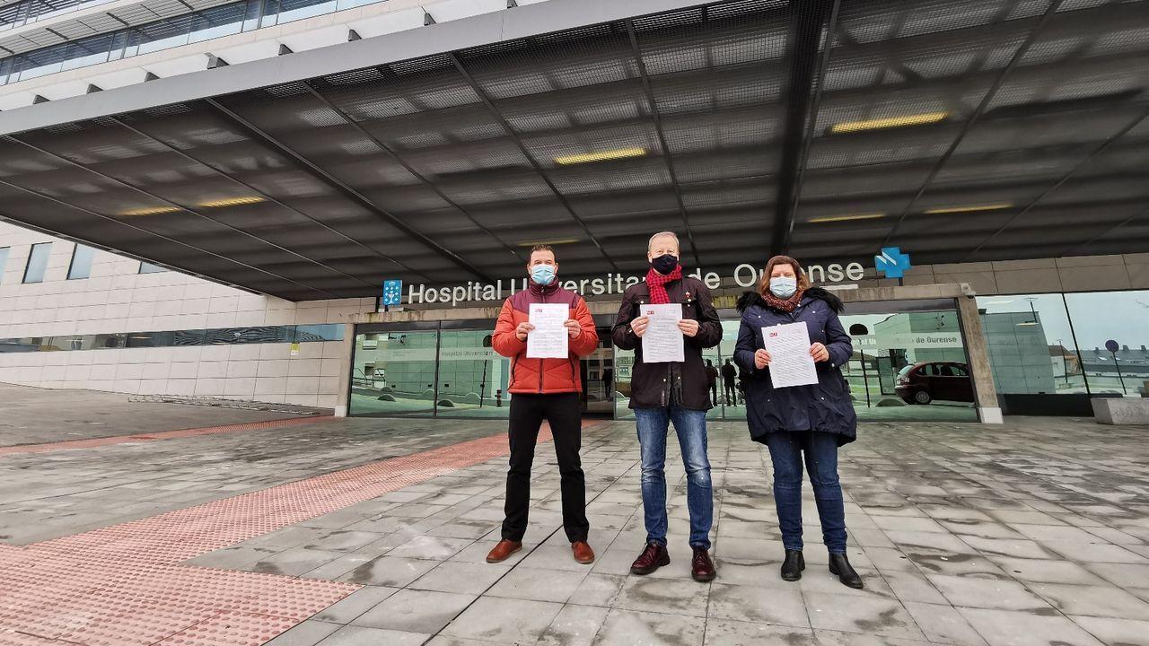 Sanitarios de Ourense alertan sobre la saturación hospitalaria y apelan al autoconfinamiento.El PSOE pide la gratuidad de los párkings del CHUO para pacientes crónicos