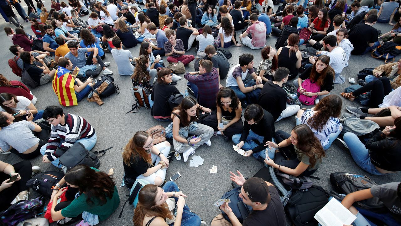 Protesta de estudiantes en la Plaza de Universidad