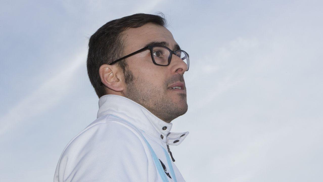 ¡No te pierdas las imágenes del partidazo de la jornada!.Didier Moreno jugó de mediocentro defensivo contra el Almería y en la segunda parte de Oviedo