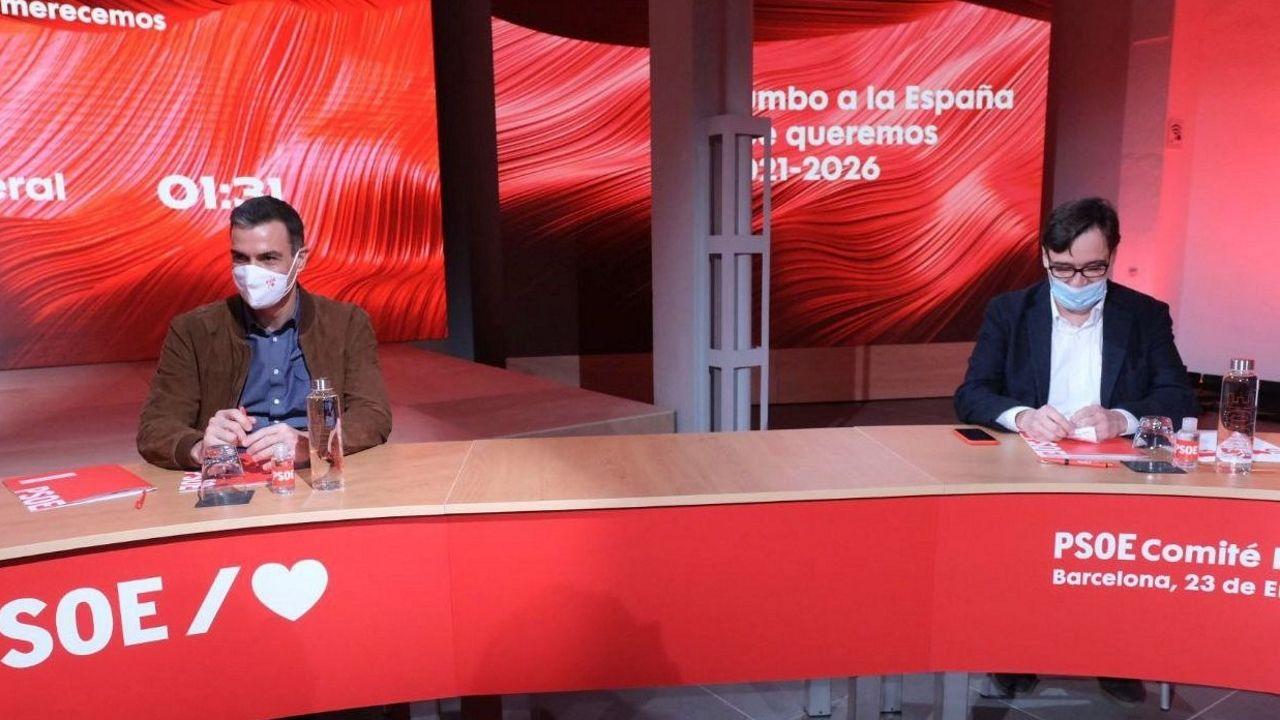 Pedro Sánchez y Salvador Illa, en el Comité Federal del PSOE para lanzar la candidatura del ministro de Sanidad a la Generalitat