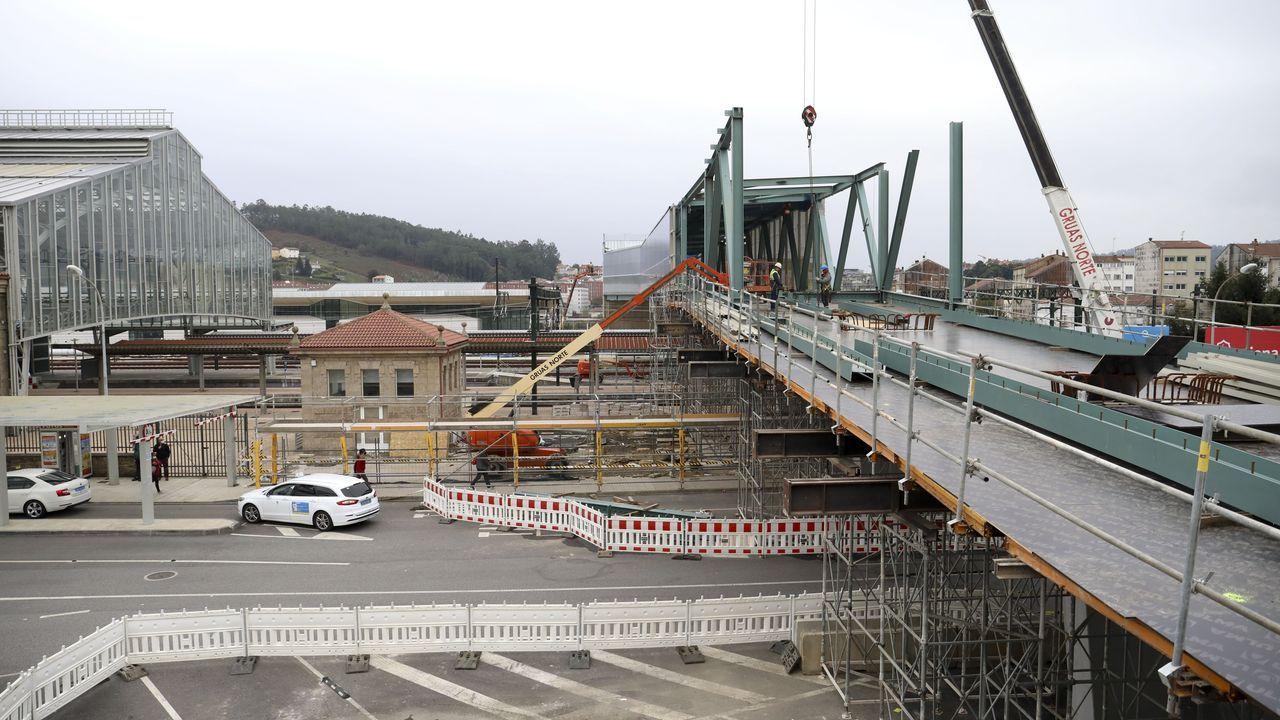 Llegada del Alvia procedente de Galicia a la estación de Chamartín
