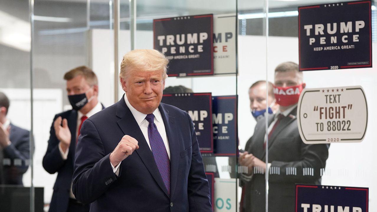 La primera aparición de Trump fue pasadas las 15.00 en la sede de su campaña en Arlington