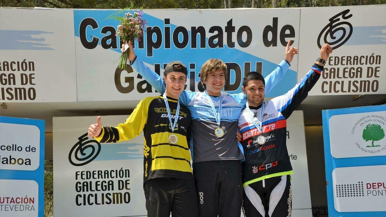 Manuel Martínez, en lo más alto del podio del campeonato gallego de descenso sub-23