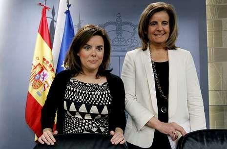 Sáenz de Santamaría y Báñez, antes de dar cuenta de los acuerdos del Consejo de Ministros.