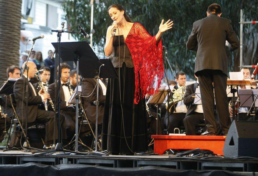 Rosa Cedrón actuará esta noche acompañada de Emilio Rúa en la bodega cambadesa.