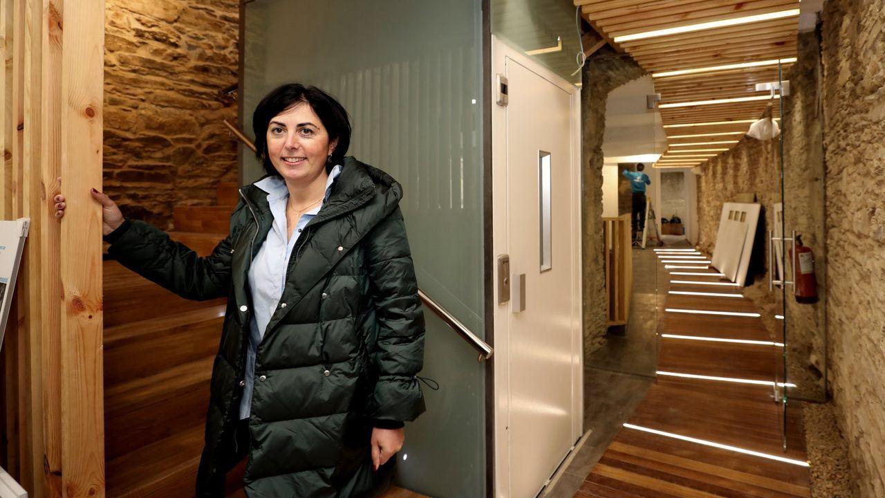 Elena Candia ya es exalcaldesa y exportavoz del PP en la Diputación.Inauguración de la escuela de San Ciprián, donde se recitó un poema de Leoncio López de las Casas