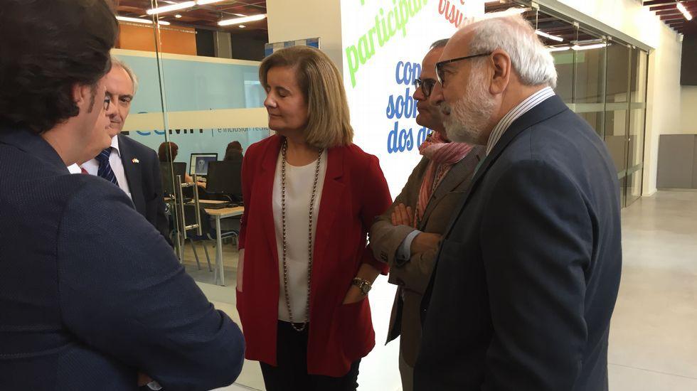 La ministra Fátima Báñez visita el centro de La Molinera