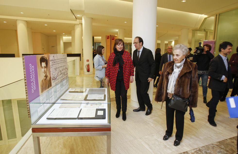 La Cidade da Cultura abrió ayer la muestra «Mulleres sobranceiras»<span lang= es-es > </span>