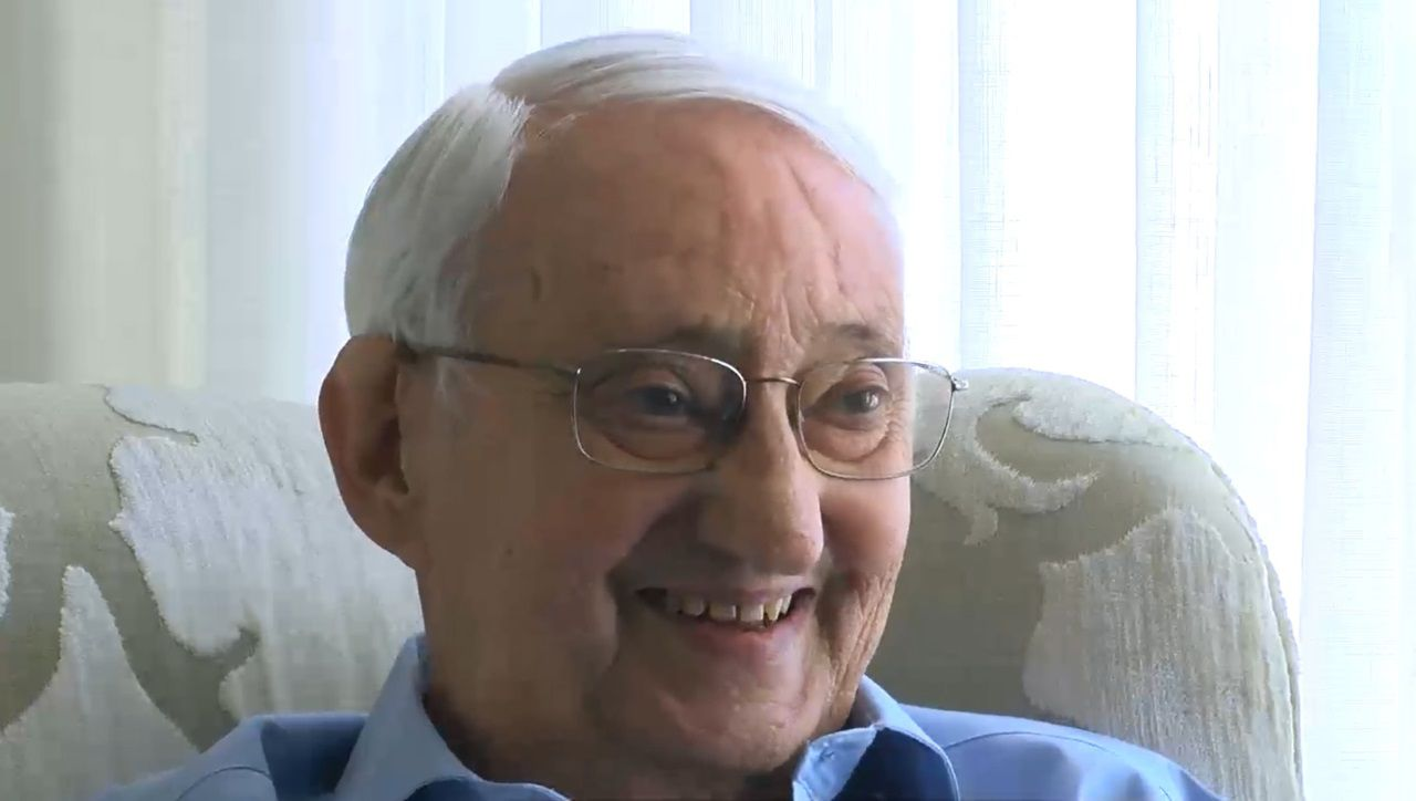 Carlos Fernández Quintás (Santiago, 1933 - A Coruña, 2020)