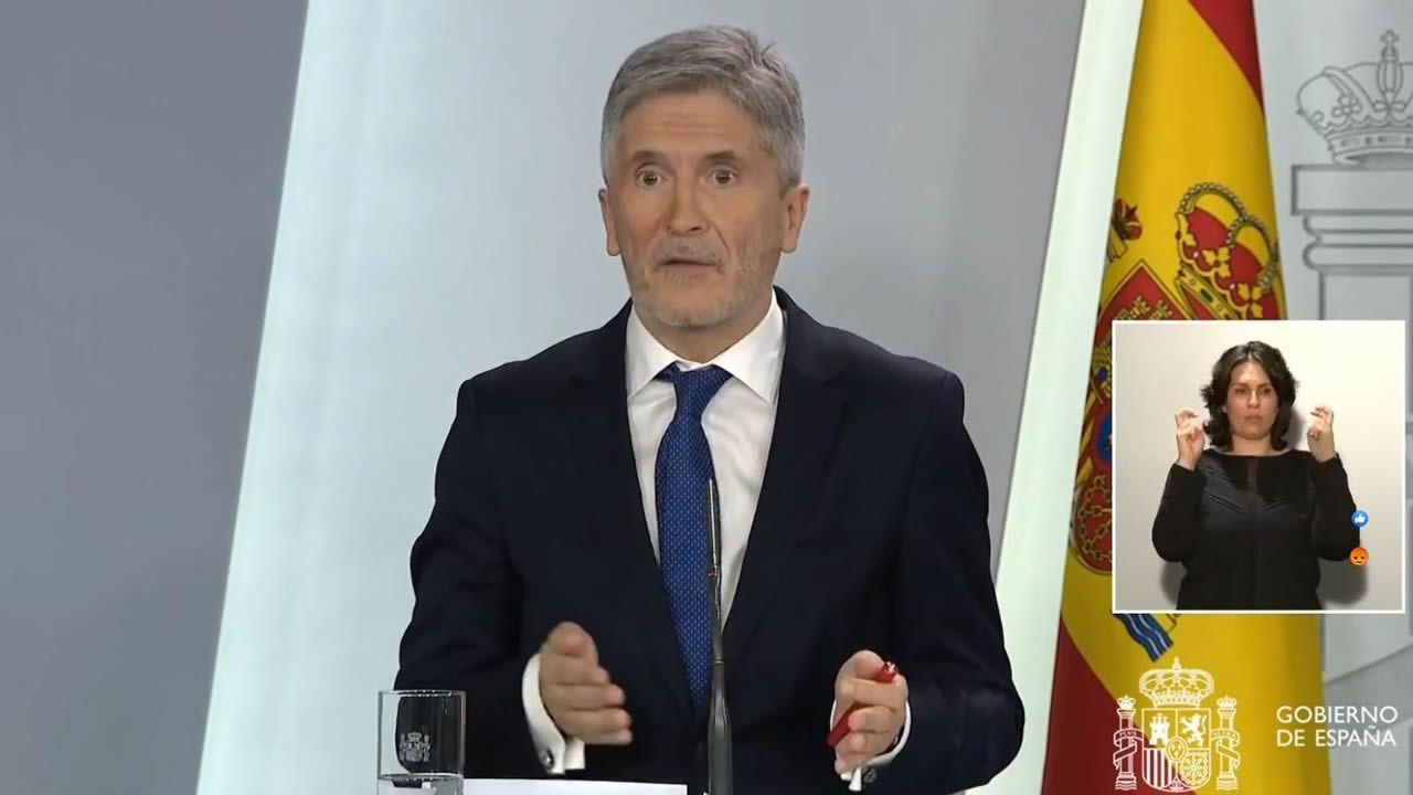 EN DIRECTO: Comparecen el ministro de Interior y el de Justicia.Coches incautados en Málaga en una operación contra el blanqueo de dinero