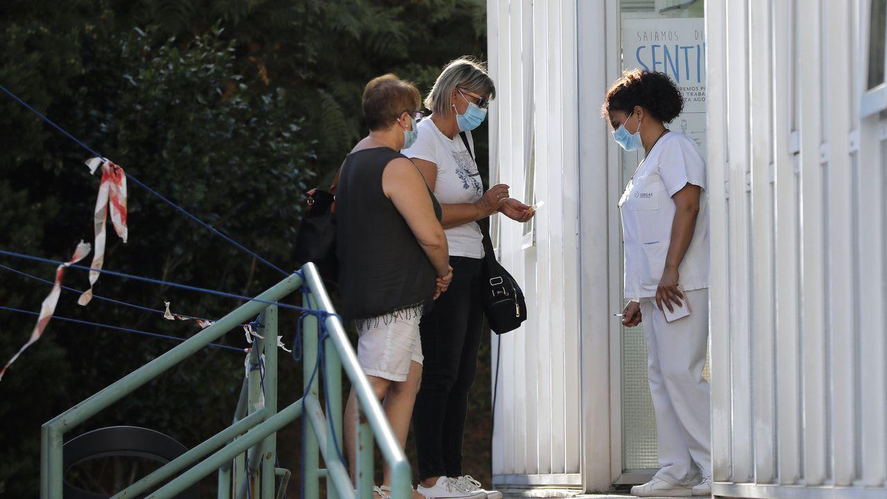 Entrada del centro de salud de O Porriño