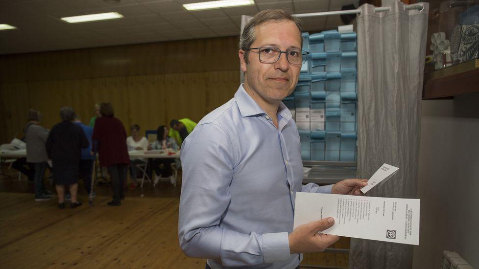 Votaciones en Camariñas. Mauricio Aufiero (PP)