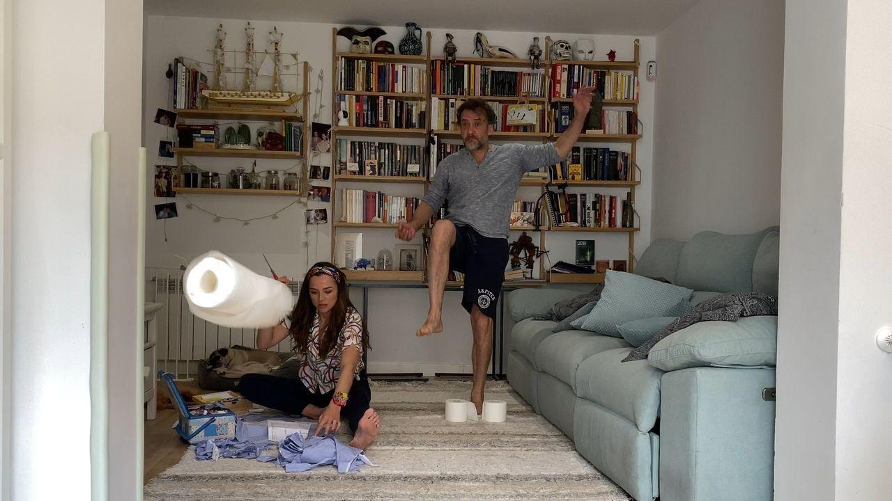 Julia de Castro y Celia Freijeiro, en un episodio de «En casa».