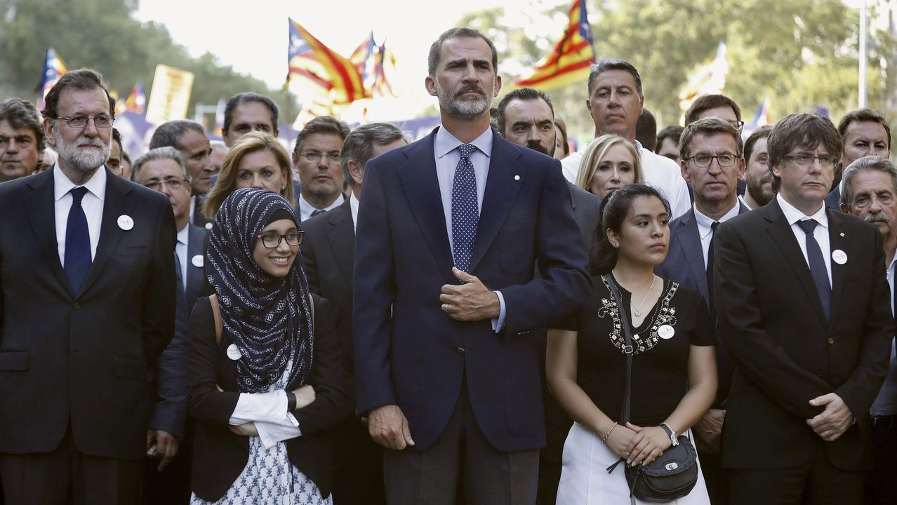 Cabecera de la manifestación contra los atentados yihadistas en Cataluña en agosto del 2017.