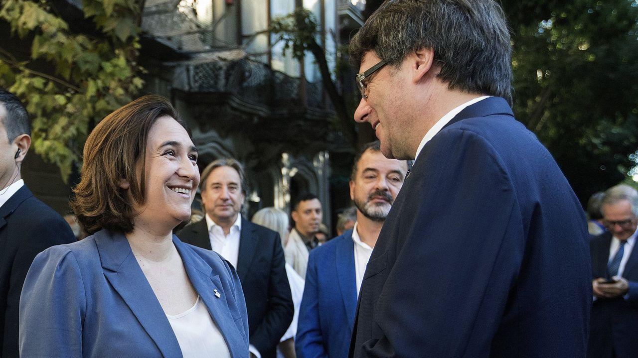 Los alcaldes proreferendo se reúnen en el Ayuntamiento de Barcelona.Francisco García, alcalde de Allariz