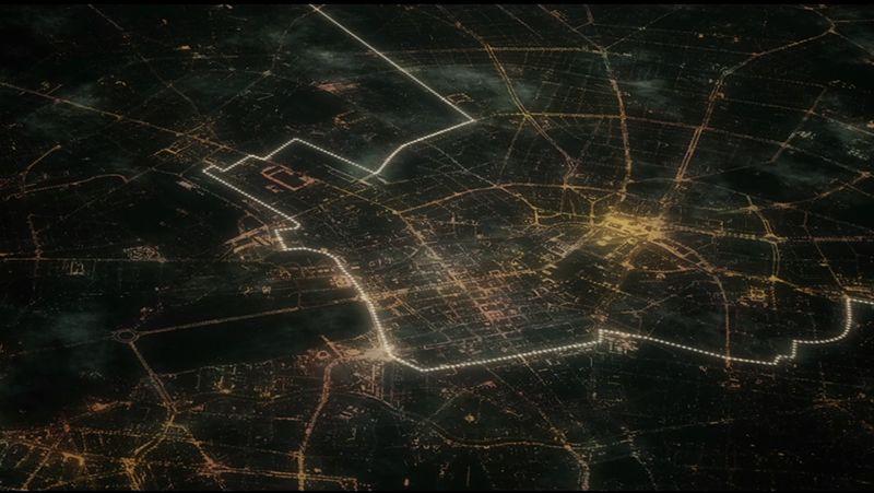 Ocho mil globos dividen Berlín.Cola de un avión de la compañía de los Países Bajos KLM, la más segura de Europa.
