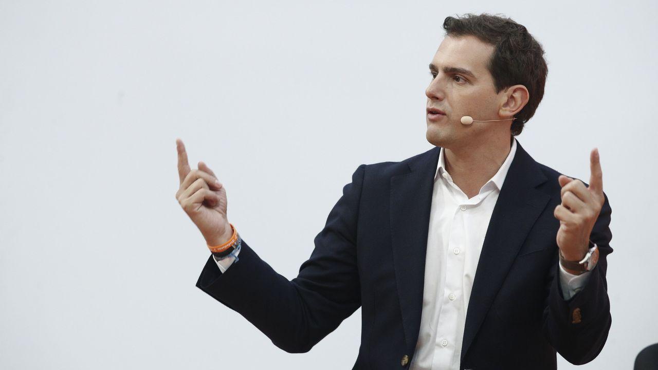 Marcos de Quinto, exvicepresidente ejecutivo de Coca-Cola, explica que llega a la política para «complicarse la vida».La silueta de Santiago Abascal, presidente de Vox