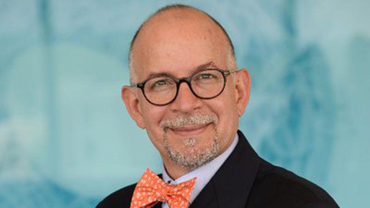 El doctor Edwin Asturias