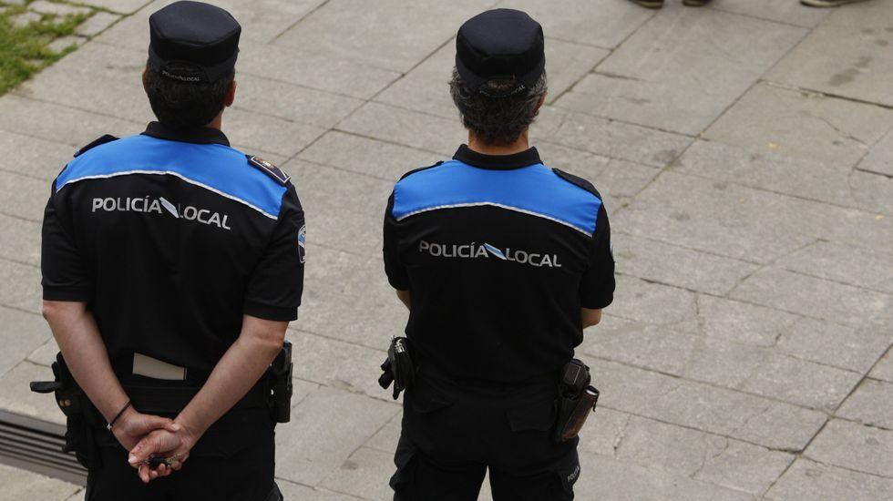 Almuiña y Rueda firman un acuerdo para formar a la policía portuaria de Vigo.Las pruebas iban a reforzar la plantilla de la Policía Local con la cobertura de tres vacantes
