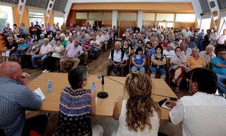 Rossi.La reunión de emigrantes retornados celebrada el miércoles en Foz.
