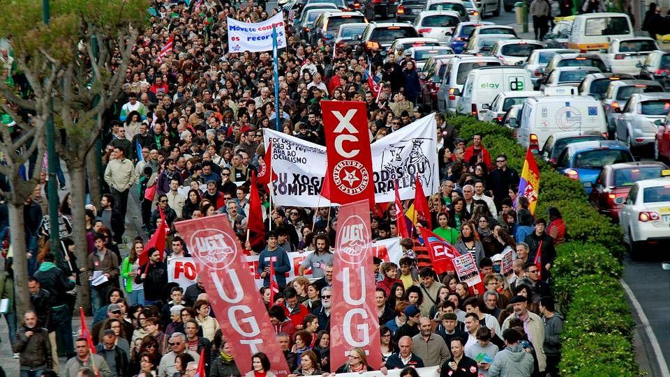 Manifestación en A Coruña.Los convocantes cifran en 10.000 los asistentes a la manifestación de la tarde en A Coruña contra la LOMCE