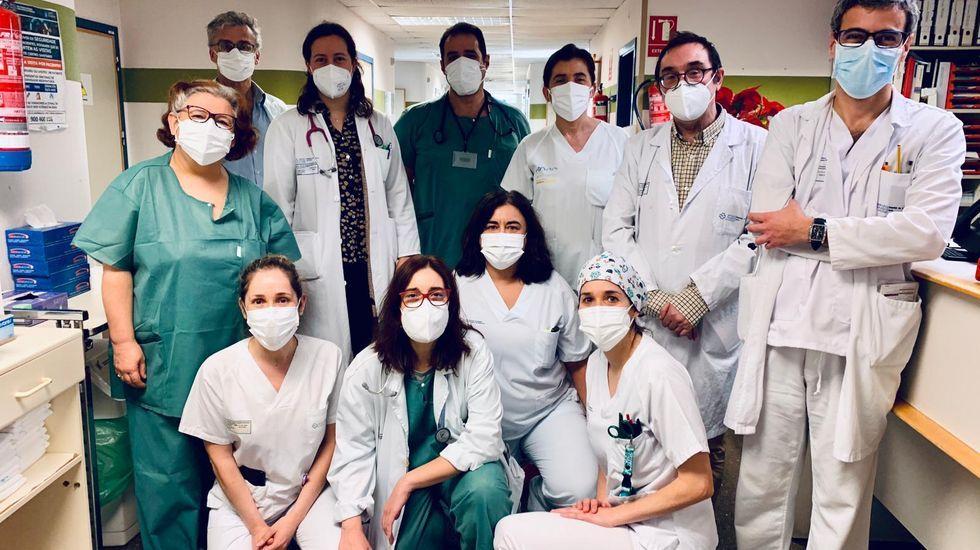 El personal dela zona covid del Hospital Comarcal de Verín atiende actualmente a 16 pacientes