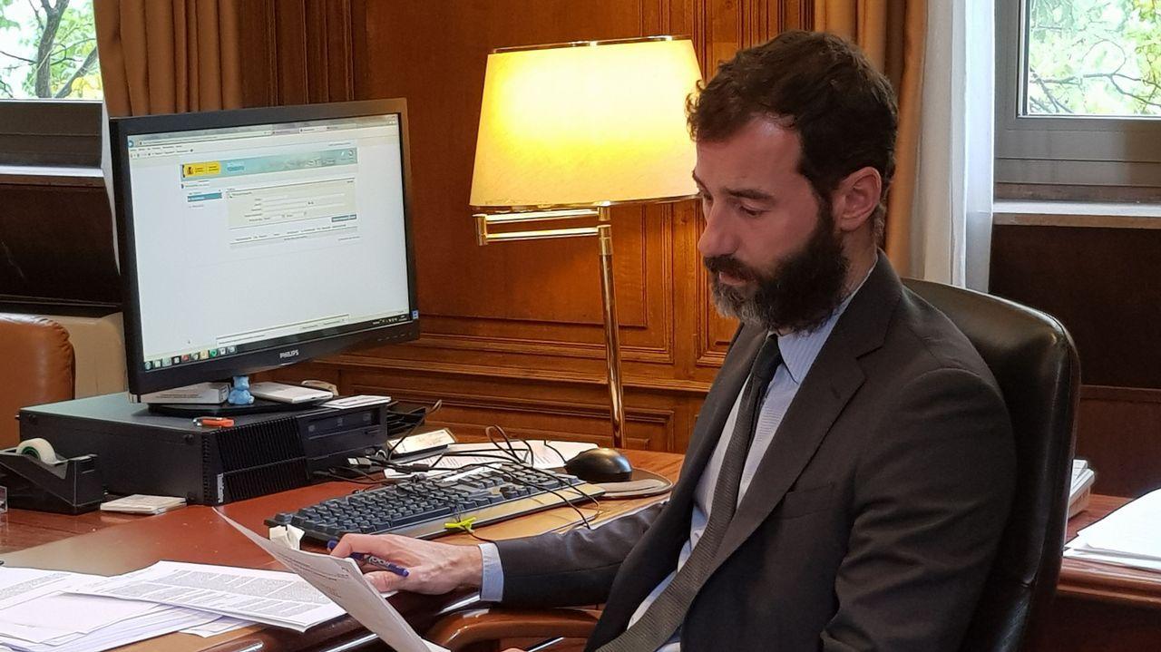 Rufián acusa a Gómez-Reino de llamarle «payaso».Túnel debajo de Cerdedelo, que da acceso a las obras del viaducto de Teixeiras, en Ourense