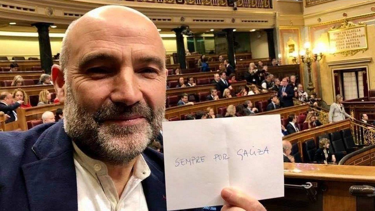 Foto del pasado martes cuando el diputado del BNG en el Congreso, Néstor Rego, se abstuvo en la votación a Batet para la presidencia de la Cámara baja