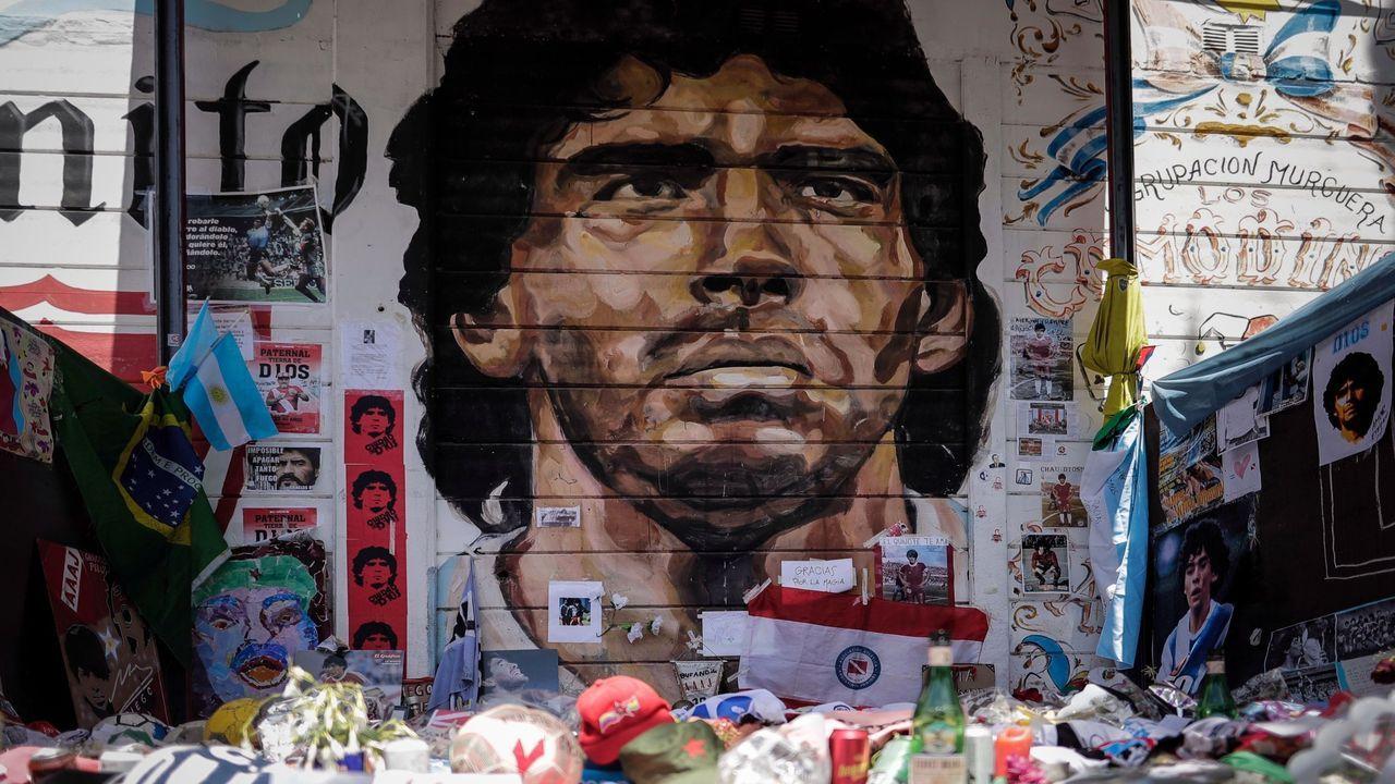 La mascarilla arma el belén en Valga.El ex selecionador argentino de fútbol, Alejandro Sabella