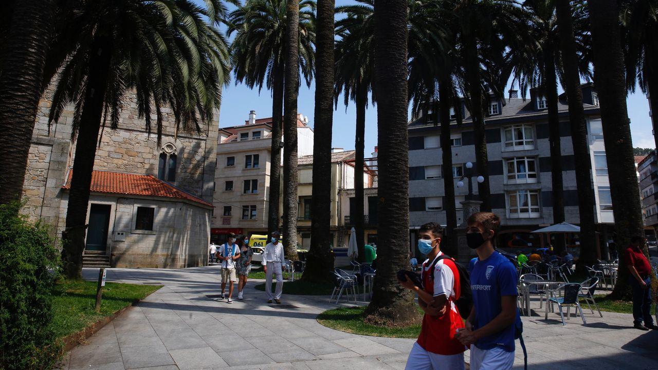 La plaza de las Palmeras, en Caldas de Reis, municipio donde está activo un brote de coronavirus con más de diez casos
