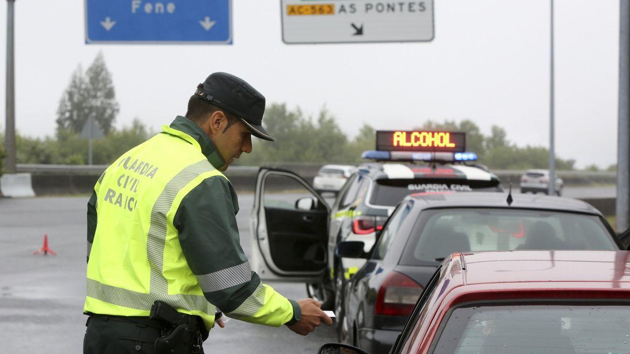 Mary Carmen Bieites es la administrativa del centro de recuperación del puntos de Ferrol, en la autoescuela ITT Galicia