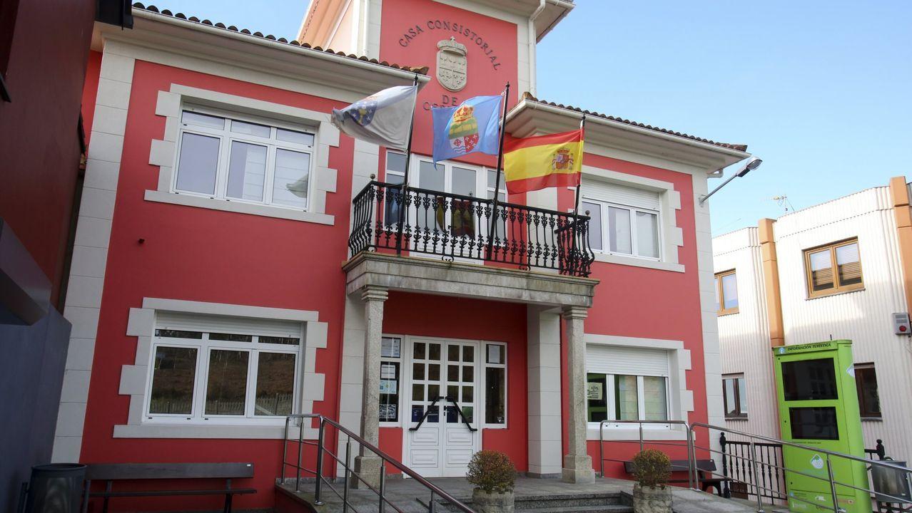 La alcaldesa de Moeche con sus homólogos de Valdoviño y San Sadurniño, el edil de Desenvolvemento Local de San Sadurniño y un técnico municipal