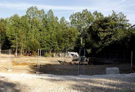 Trabajos, a finales de agosto, en la zona de actuación de la segunda fase del Anllóns-Bardoso.