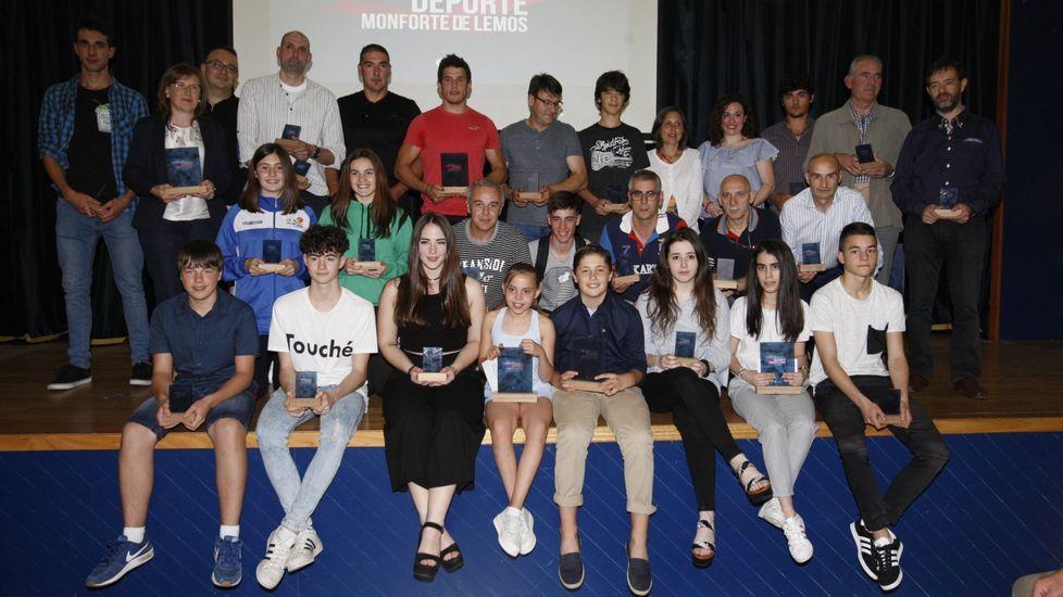 Las fotos de la Gala do Deporte de Monforte 2019.Gemma Álvarez Maneiro e Giovanni Borriero, na presentación do seu libro en Santiago