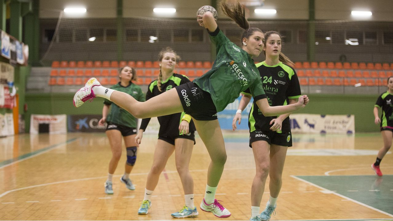 Las imágenes del balonmanoTeucro - Novás