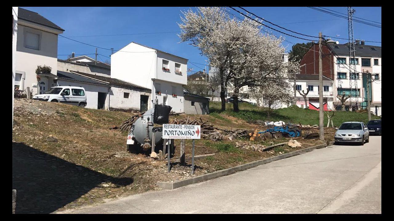 Terreno donde se van a construir los pisos para mayores de Portomarín