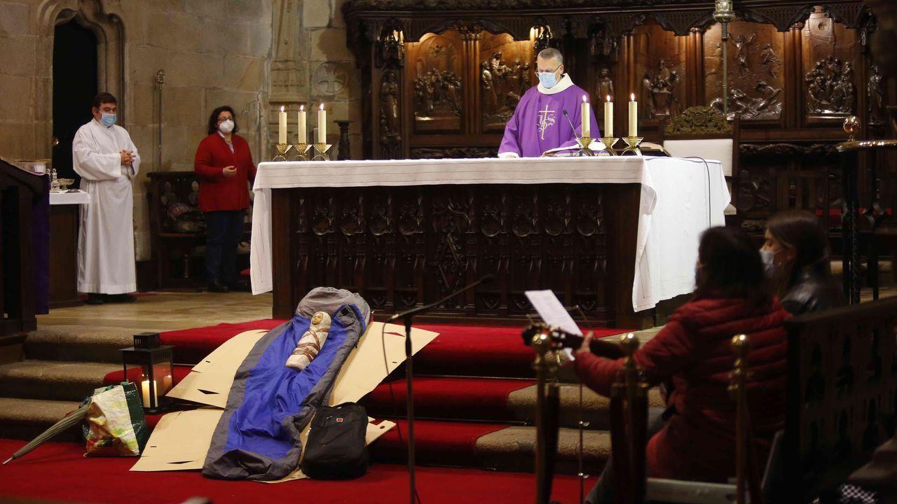 Julio Sacristán de Diego.Un saco de dormir y unos cartones recordaron a los sintecho fallecidos