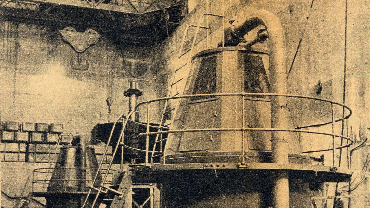 Una excitatriz o generador de corriente para los rotores de la instalación hidroeléctrica