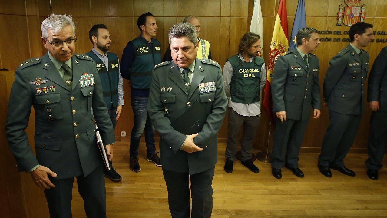 Sánchez Corbí (a la izquierda) el 2 de enero en A Coruña, donde explicó cómo habían detenido al Chicle