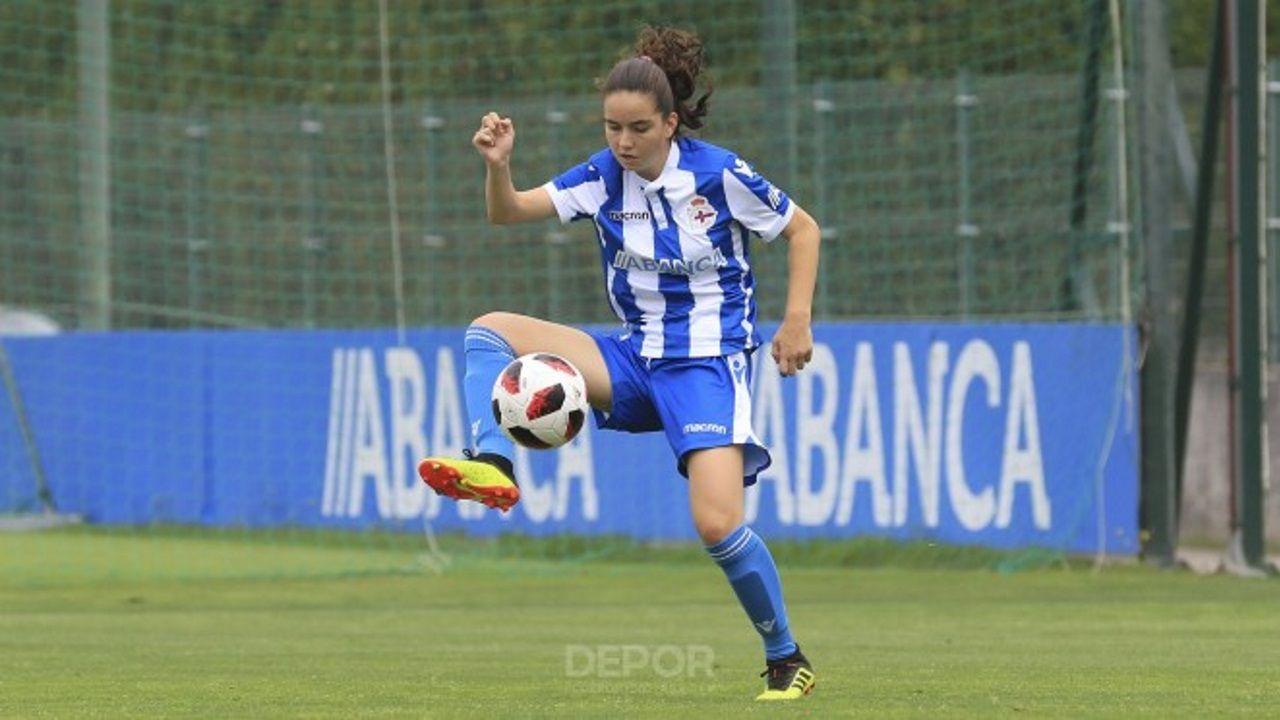 Aficion Real Oviedo Cultural Reino de Leon.Pacheta, en un Sporting - Elche