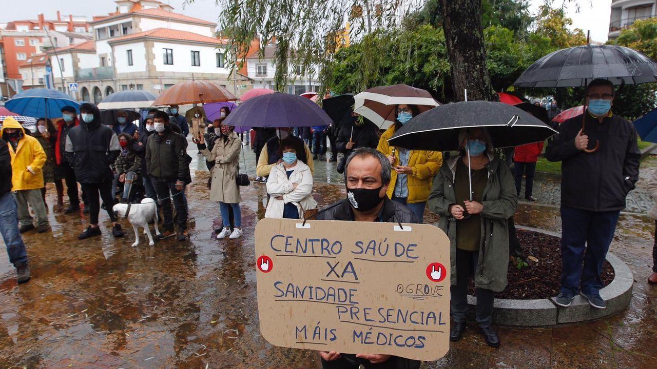 Paraguas en defensa de la sanidad pública