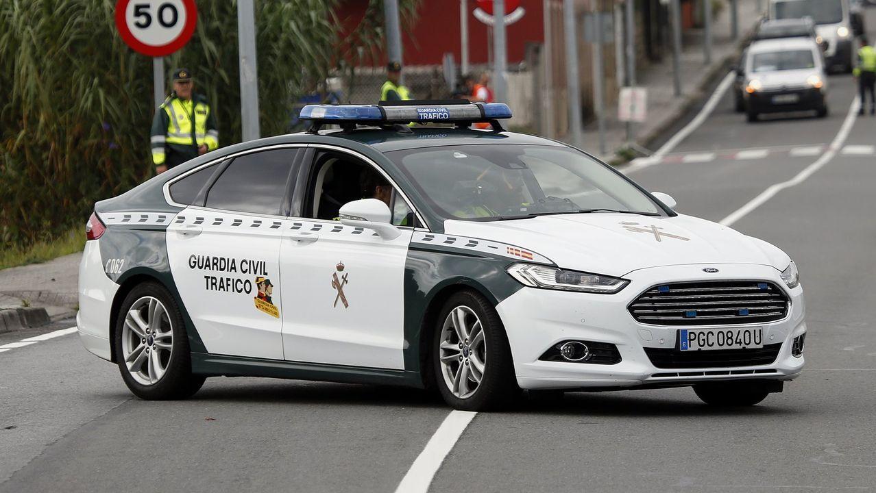 Colisión frontolateral de dos vehículos en Bergondo.Radar fijo de la DGT a su paso por el municipio de Oleiros