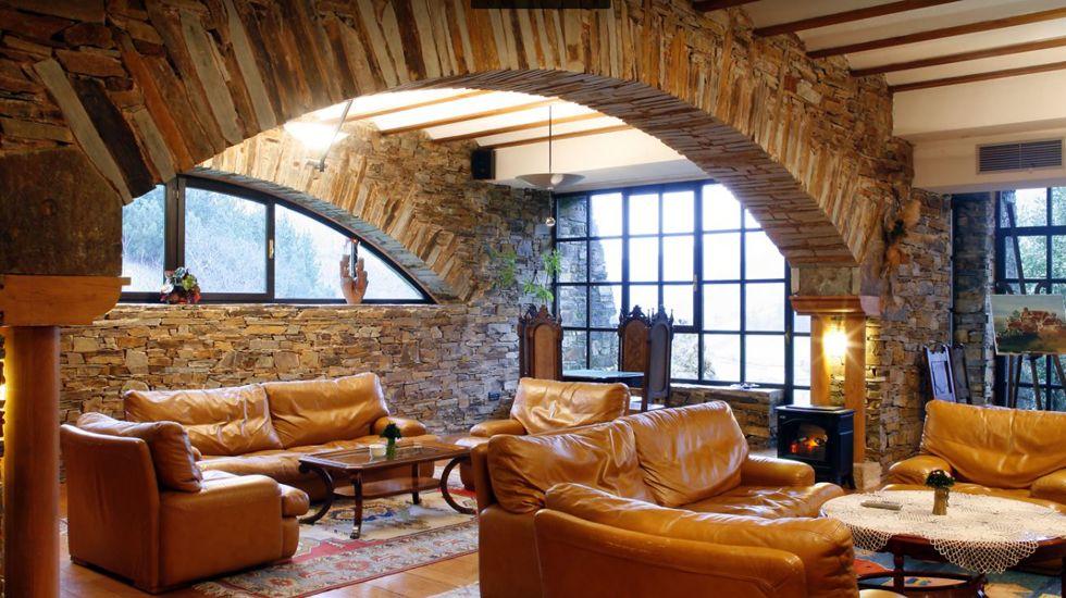 Hotel La Rectoral, el primer refugio rural asturiano.POLILLA GUATEMALTECA. Es la nueva plaga que ha llegado a Galicia y que pone en peligro la producción de patatas. Originaria de Guatema, llegó posiblemente desde Canarias.