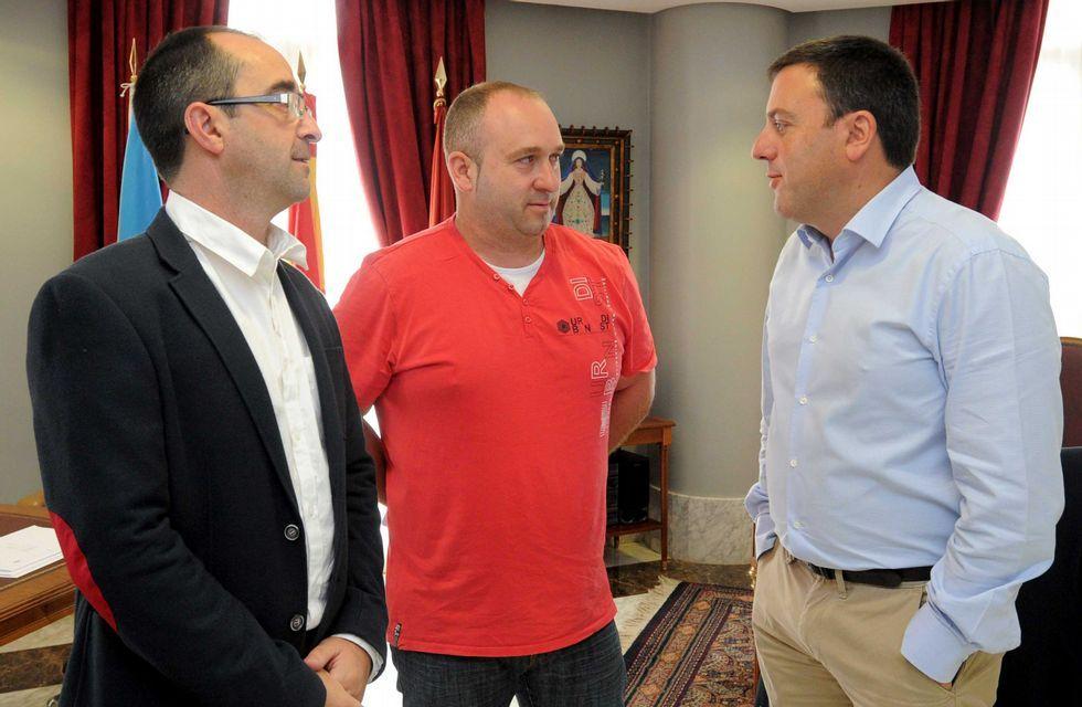Los rincones que los gallegos más valoran.Jorge Tuñas fue recibido en la Diputación por Valentín Formoso