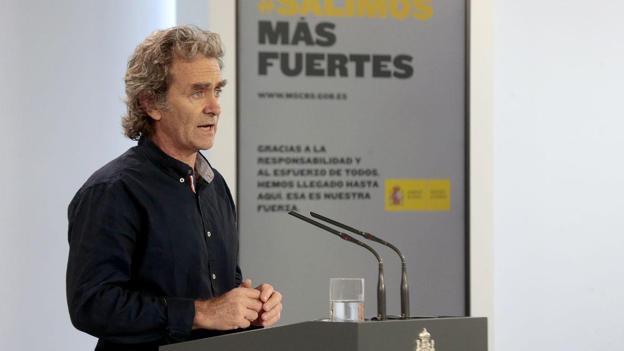 El rey asegura que «aún quedan tiempos difíciles» pero que España «es un gran país» que sabe vencer las dificultades.El director del Centro de Coordinación de Alertas y Emergencias Sanitarias, Fernando Simón