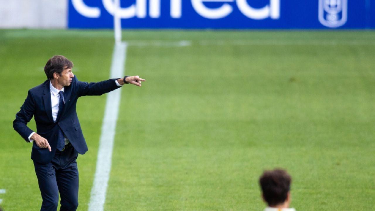 Ziganda Real Oviedo Espanyol Carlos Tartiere.José Ángel Ziganda, durante un encuentro en el Carlos Tartiere