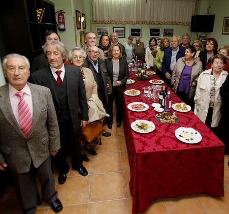 La confesión de Landeira.La Casa de Cantabria en A Coruña inauguró su nueva sede social.