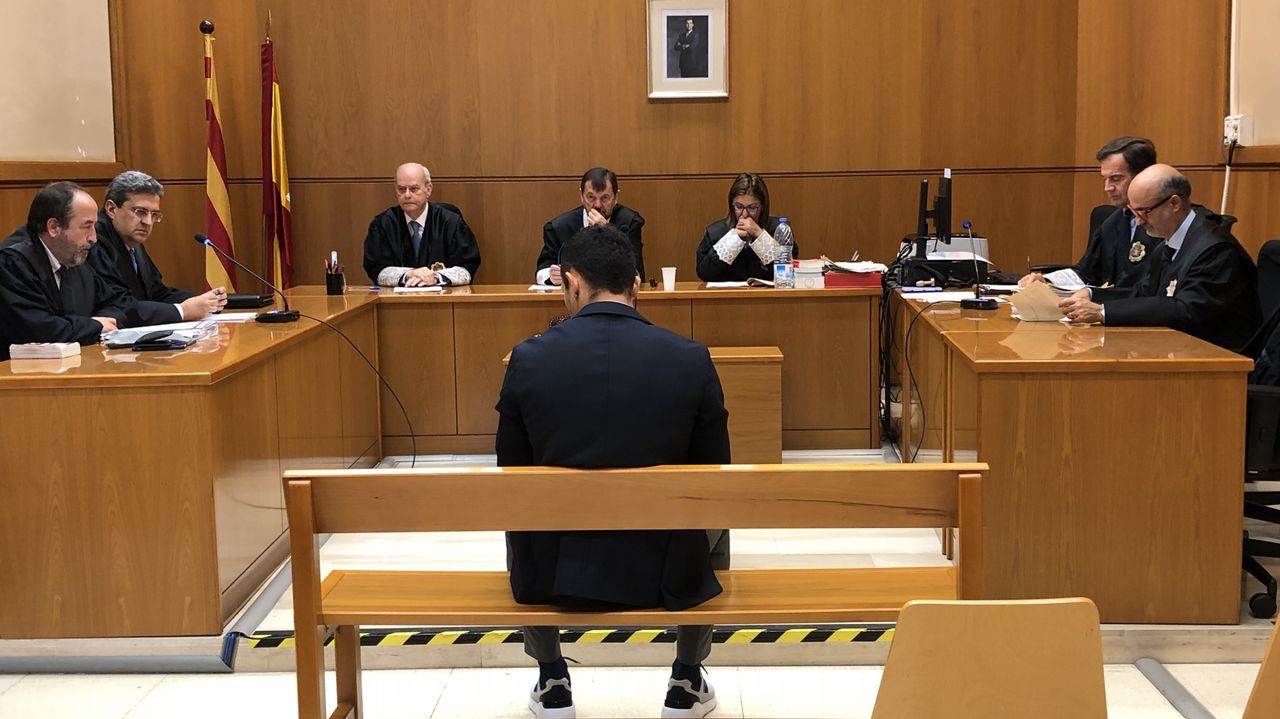 Shakira, de nuevo en el banquillo de los acusados.Ana Duato e Imanol Arias