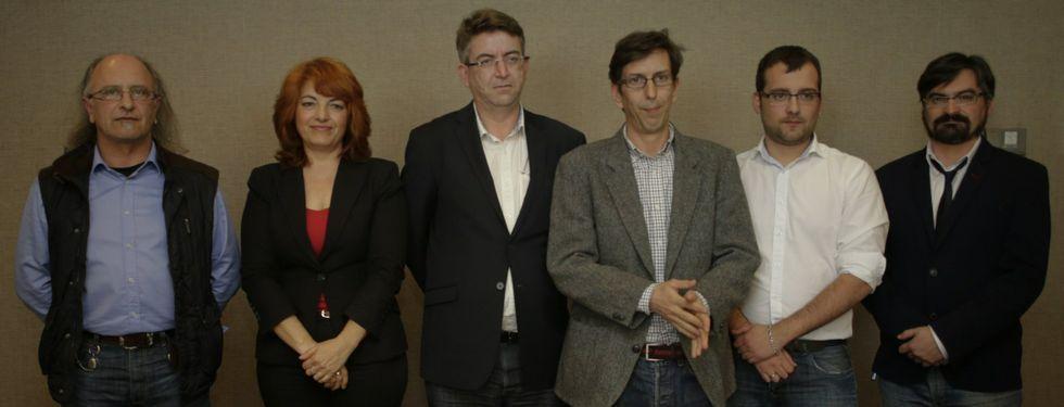 <span lang= es-es >Los candidatos</span>. Domingo Álvarez Alvedro (Culleredo), María José García (Cambre), Antonio García-Plata (coordinador), Santiago Folla-Cisneros (A Coruña), Daniel Turrado (Arteixo) y Augusto López (Sada).