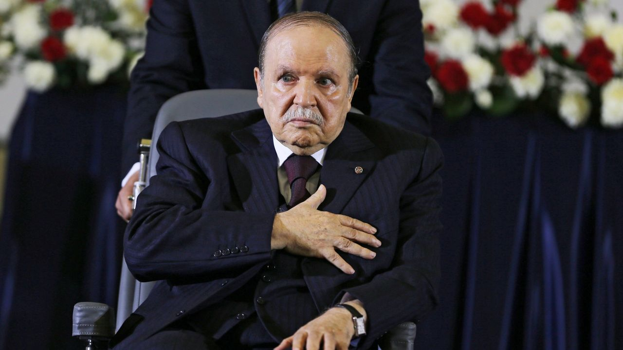 El todavía presidente Abdelaziz Buteflika
